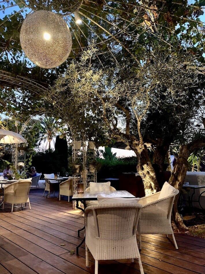 Atzaró Ibiza: Redesigning Summer 2020 - La Veranda (Ph. Alessandro Garzi)