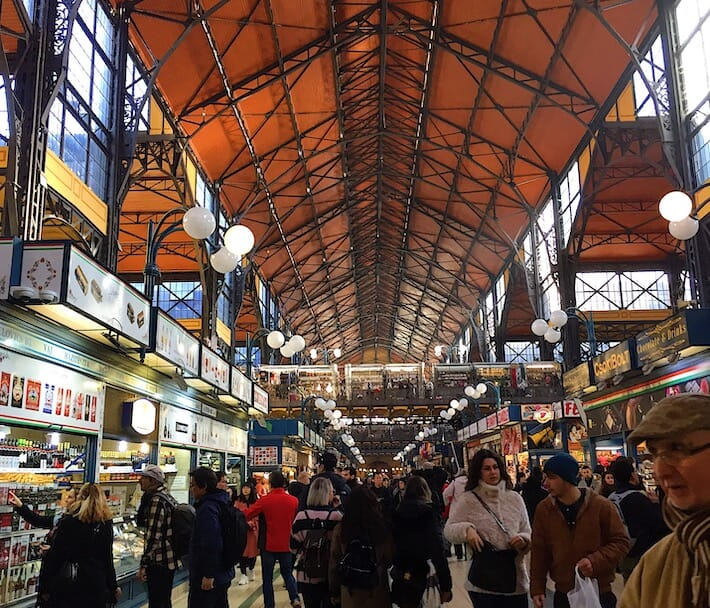 Three Days in Budapest - Great Market Hall (Ph. by Sara Pasino)