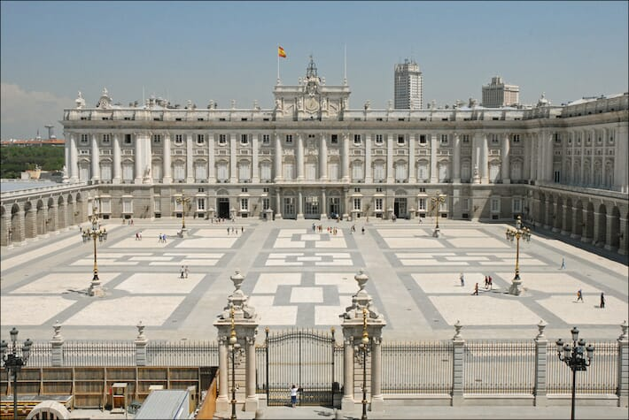 Discover Madrid and Its Surroundings: The Weekend Guide - Royal Palace
