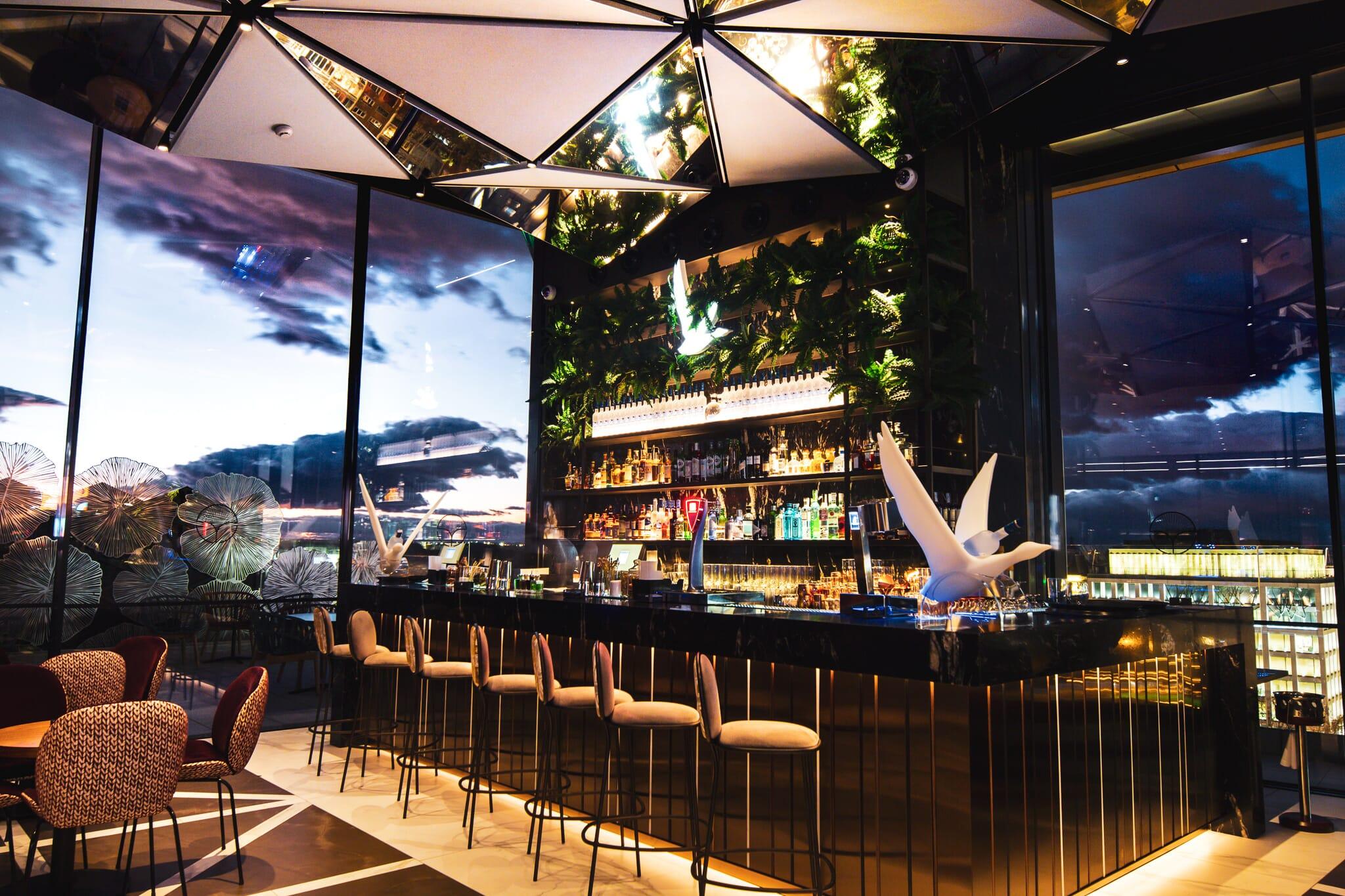 VP Plaza España Design - Gingko Sky Bar
